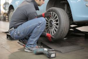 Controllo pneumatici e cambio gomme - Affidati a Mio Carrozziere